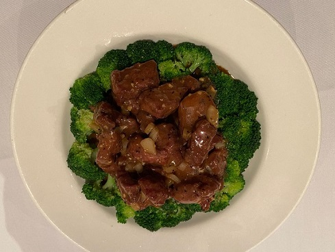 fillet steak in black pepper sauce